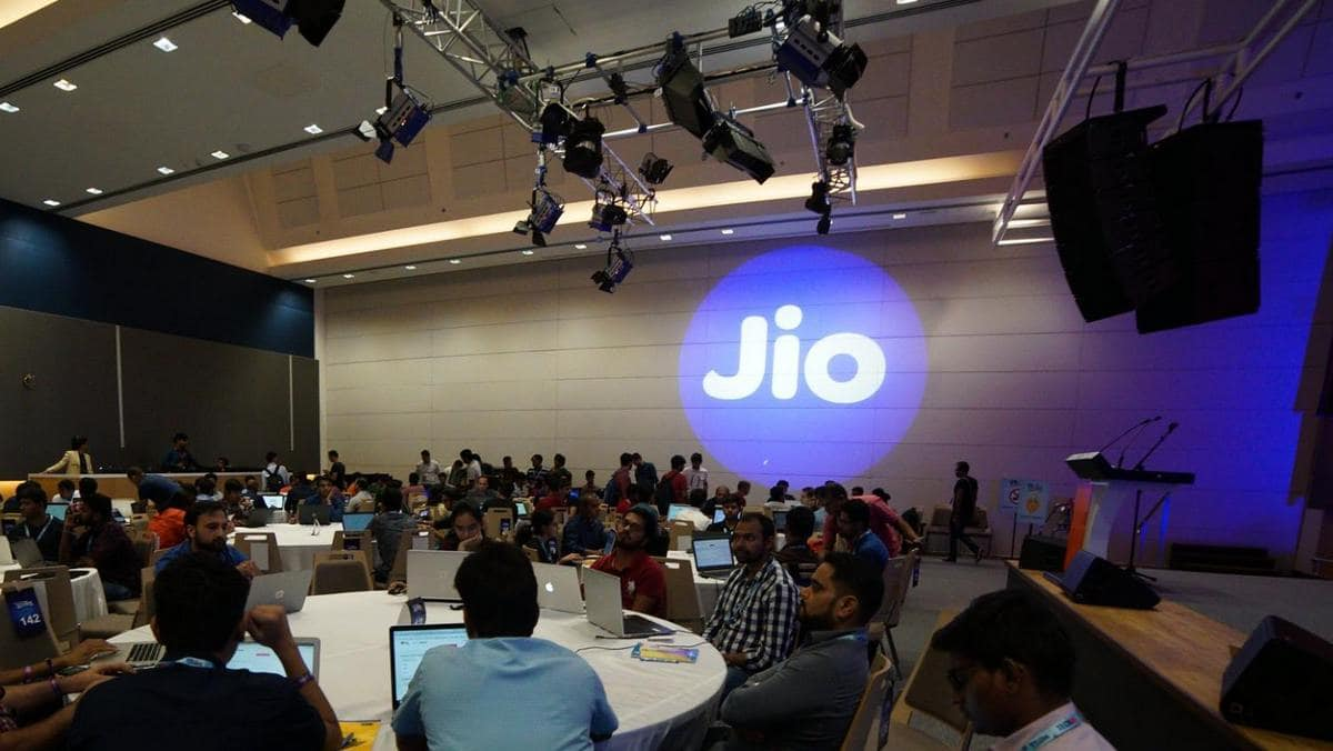 Photo of Jio Largest Telco in Terms of Revenue, Customer Base: India Ratings