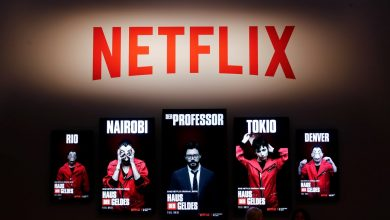Photo of Netflix Sued by 'Panama Papers' Law Firm Over The Laundromat Film