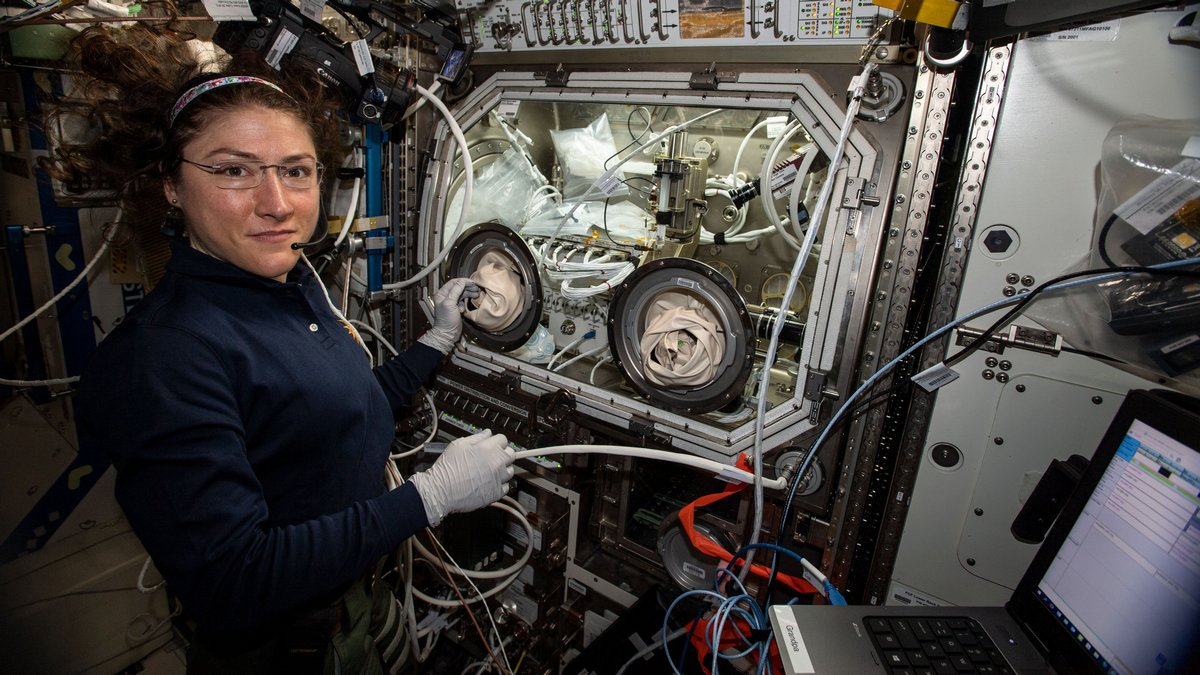 Photo of Christina Koch Sets Record for Longest Spaceflight by a Woman